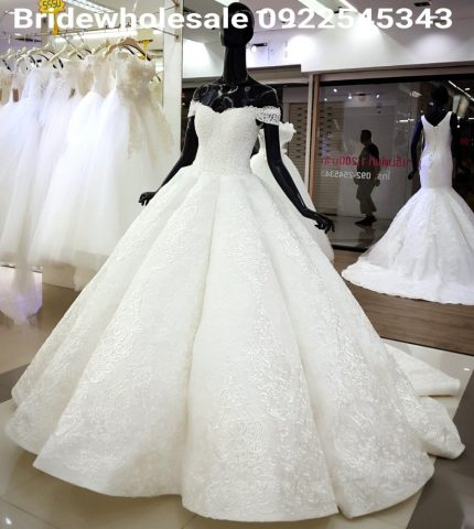 Fashionable Bride Dress