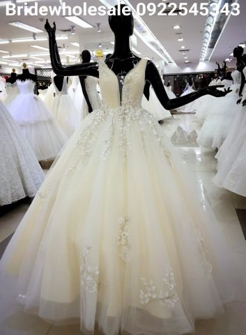 Beautuful Wedding Gown